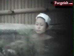 hawt hot oriental sweetheart nude in a swimming