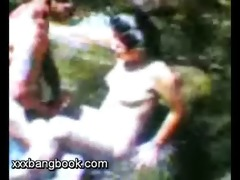 hawt asian pair screwed at river side.wmv