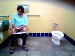indian wench pee part 0