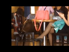 candid asians hawt shoeplay feet in stockings at