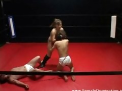mistresse beats up her pathetic serf at the same