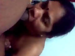 southindian housewife auntys oral-job at home
