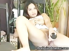 concupiscent oriental grabs her sexy part11