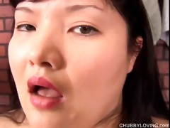 breasty japanese non-professional shows off her