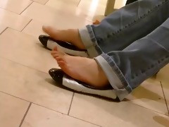 candid asian teens hot shoeplay and feet