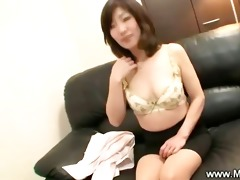 older japanese maiko seduces stud