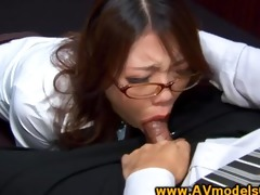 oriental honey secretary deepthroating shlong