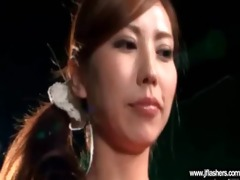 oriental cutie flash body and acquire hard sex