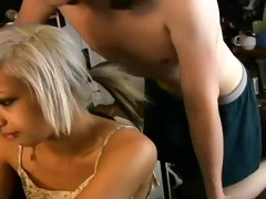 oriental gal great at giving bj