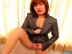 japanese office honey anna yumisaki masturbates