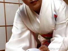 japanese geisha rubbing dick