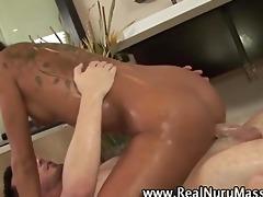 oriental masseuse fuck and spunk fountain