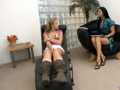 chastity lynne and india summer sit down to