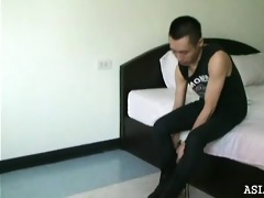 behind the scenes of an oriental boyz foot photo