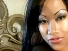 sexy oriental beauty