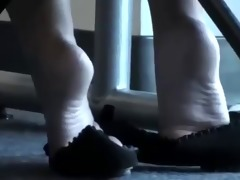 candid oriental shoeplay feet library